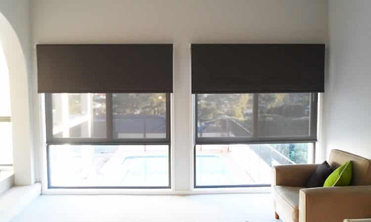 Brown Roller Blinds in r=the living room